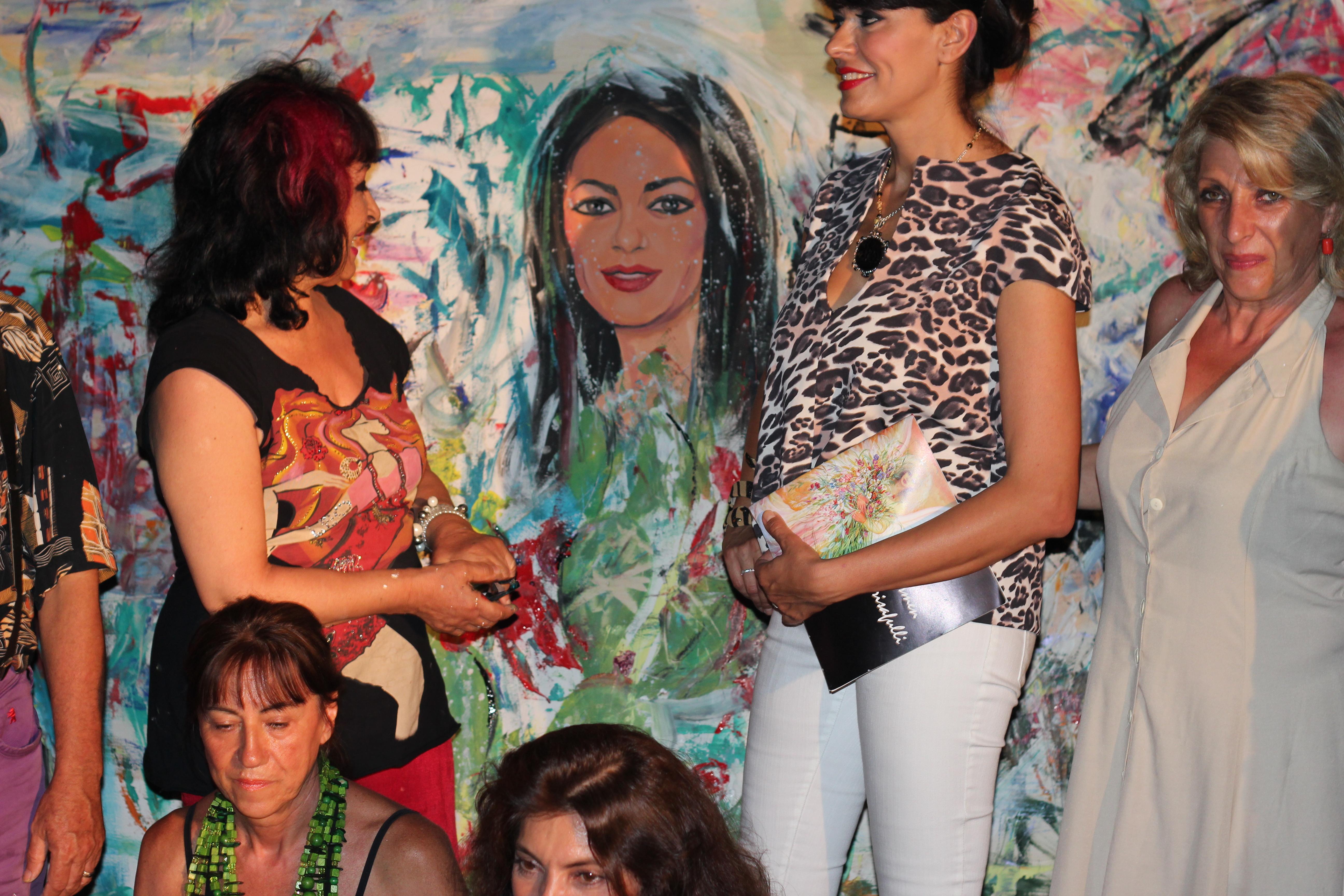 Tanja con Mariagrazia Cucinotta, Dimitri Salonia e Lidia Monachino, Carmen Crisafulli e altri artist