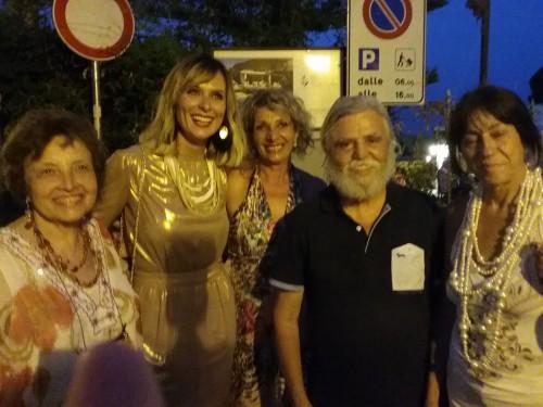 Tanja con Serena Autieri, Paola Pidatella, Dimitri Salonia e Lidia Monachino